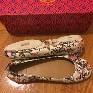 Tory Burch Minnie Travel Ballet Flats New Ivory 6